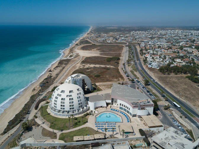 Ashkelon hotels near the beach-  Harlington Hotel