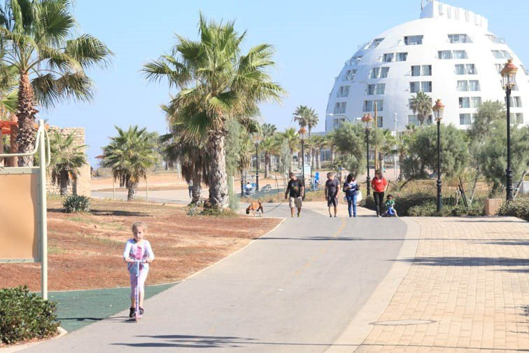 Harlington  Ashkelon - Ashkelon Promenade